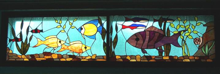Aquarium Window in Stained Glass 189631f57